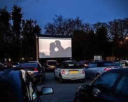 """Sinema salonlarına veda mı ediyoruz? Yeni trend """"Arabalı Sinema"""""""