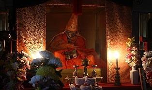 Budist Keşişlerin Nirvana'ya Ulaşmak İçin Yavaş Yavaş Kendilerini Mumyaladıkları Uygulama: Sokushinbutsu
