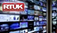 RTÜK'ten Halk TV ve TELE 1'e 5 Gün Ekran Karartma Cezası: 'Bir Sonraki Aşamada Kanalların Fişi Çekilecek'