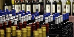 Bir Kişi Daha Hayatını Kaybetti: İzmir'de 'Sahte İçki'den Ölenlerin Sayısı 26'ya Yükseldi