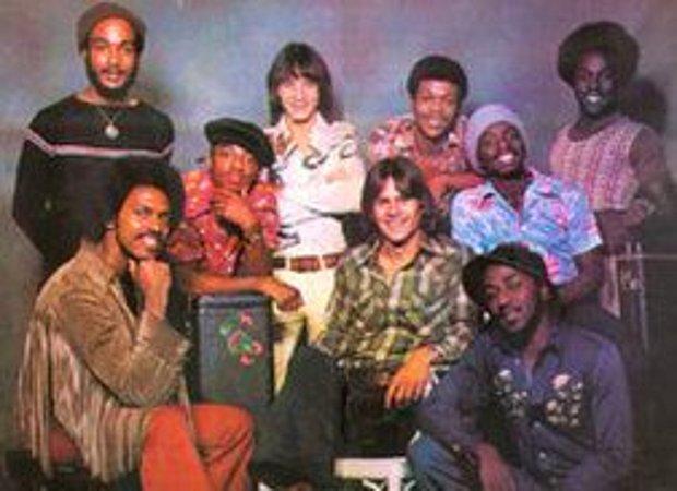 KC & The Sunshine Band - That's The Way (I Like It)
