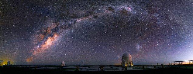 12. Evrenin her yeri tamamen sessizdir.