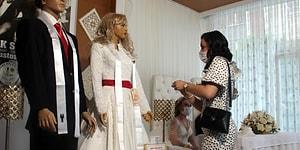 Korona Tedbirleriyle Düğün: Takılar Gelin ve Damat Yerine Cansız Mankenlere Takıldı