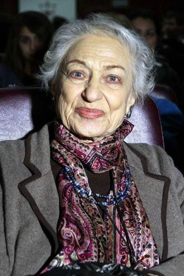 2022 yılında PEN Yazarlar Derneği tarafından Nobel Edebiyat Ödülü'ne aday gösterilen Leyla Erbil, Nobel'e aday gösterilen ilk kadın olarak da ön plana çıktı.