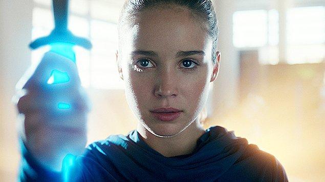 Dizinin odağında Alba Baptista'nın canlandırdığı, Ava adında genç bir kadın bulunuyor. Ölümden döndükten sonra bir kilisede uyanan Ava sırtında gizemli bir simge buluyor.