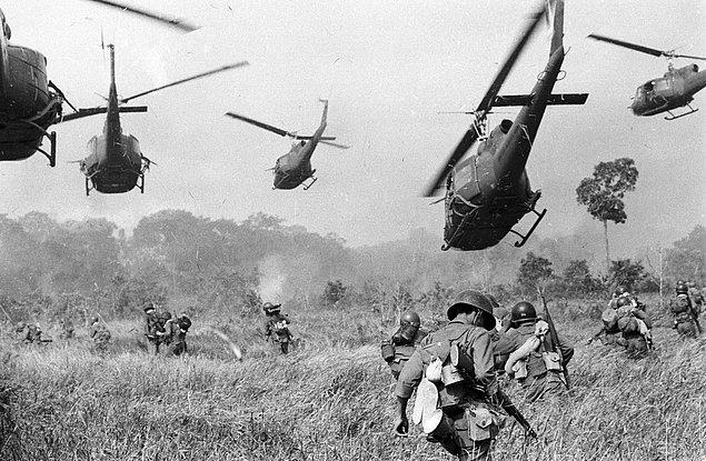 64 yaşına geldiğinizde Vietnam'da savaş başladı. Bittiğinde 75 yaşındaydınız.