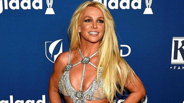 Bu kuralları çiğnemeye kalktığında hemen rehabilitasyon merkezine yatırılan Britney Spears, nasıl oluyor da kariyerini sürdürüyor?