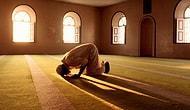 Yusuf Kaplan, Gençlerin Dinden Uzaklaşmasından Yakındı: 'İslami Kesimler Güle Oynaya Sekülerleşiyor'