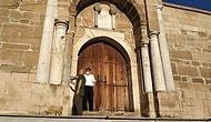 Muhtardan 700 Yıllık Kervansaraya 'Korsan' Restorasyon: Merdivenler Mermerle Kaplandı, Duvar Çimentoyla Sıvandı