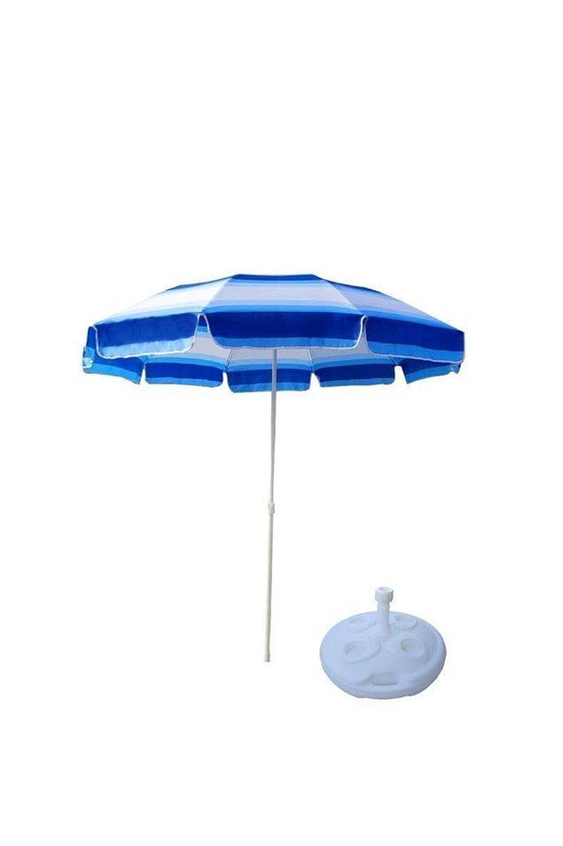 4. Güneşten korunmak da önemli tabii. Bunun için deniz suyu doldurup sabitleyebileceğiniz şemsiyeler sizin için kullanışlı olabilir.