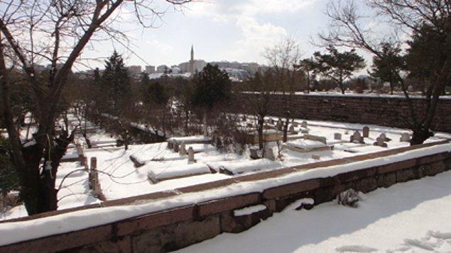 Cebeci Asri Mezarlığı!