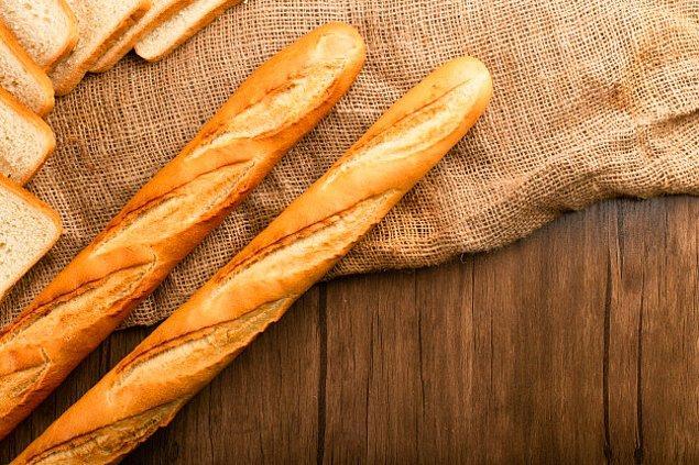 5. Baget ekmeği masaya ters koymak uğursuzluk getirir.