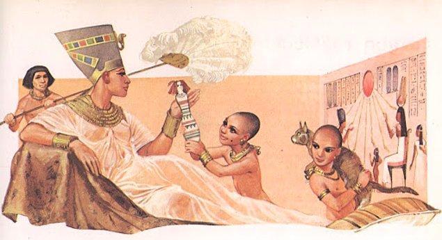 Zengin Mısırlılar saçlarını kazıtır ve peruk kullanırlardı.