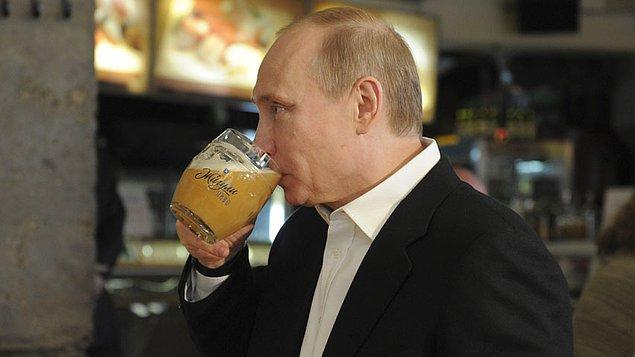 2. Rusya, 2011 yılına kadar biranın alkol olduğunu düşünmüyordu. 2011 yılı öncesinde, bira bir meşrubat olarak sınıflandırılmaktaydı.
