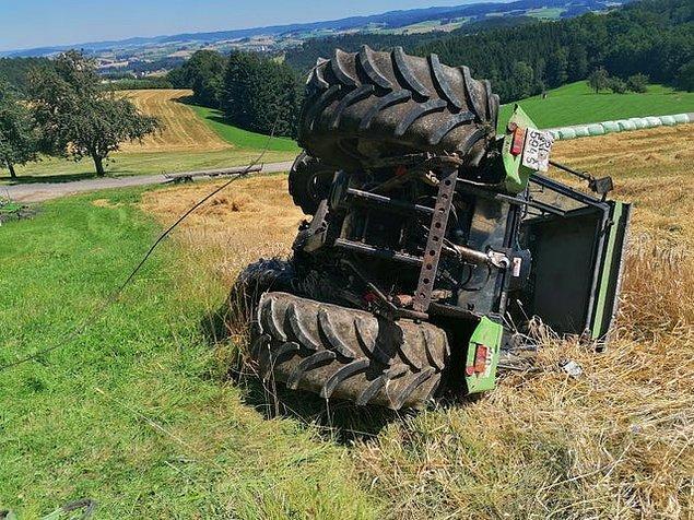 """2. """"Traktörü devirdim, nasıl yaptığım ve nasıl düzeleceği ile ilgili hiçbir fikrim yok."""""""