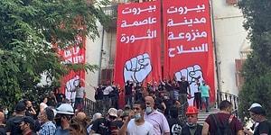 Lübnan'da Protestolar Büyüyor: Bir Grup Gösterici Dışişleri Bakanlığı'nı Bastı