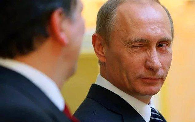 Putin, yakında toplu üretime başlamayı amaçladıkları aşının kendi kızına yapıldığını da söyledi.