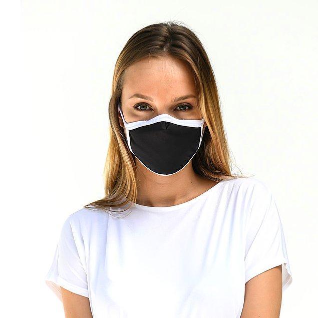 13. Siyah parıltılı bir abiyenin üzerine bu maske harika olur.