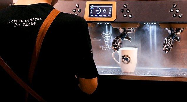 11. Coffee Sumatra'da lezzeti yakalamak ve uyanık olman için aradığın her şey var.