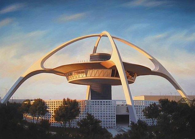 13. Sanki bir bilim-kurgu filmi için inşa edilmiş hissi veren bu havaalanı: