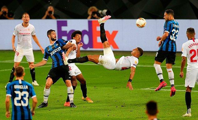 Avrupa futbolunun kulüp düzeyindeki iki numaralı kupasının sahibi, İspanyol ekibi Sevilla ile İtalya'nın Inter takımı arasındaki maçla belli oldu.