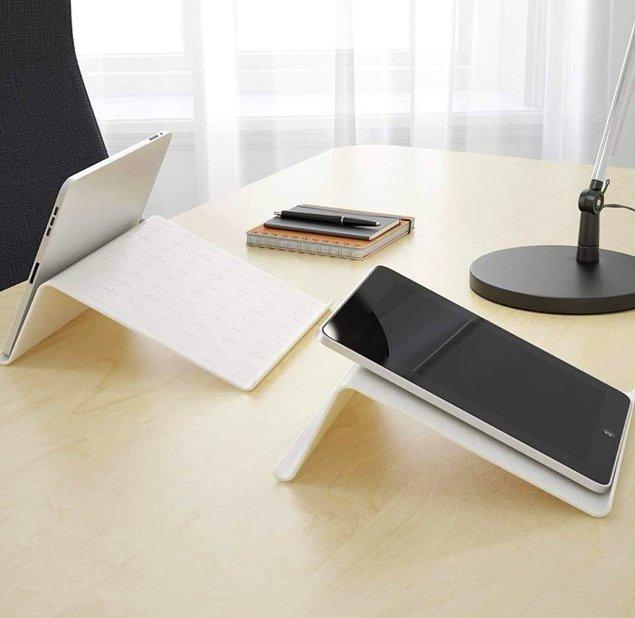 17. Bilgisayar ve tablet başındaki çocuklarımızın duruş bozukluğunu engellemek için şöyle bir yükseltici iş görür.
