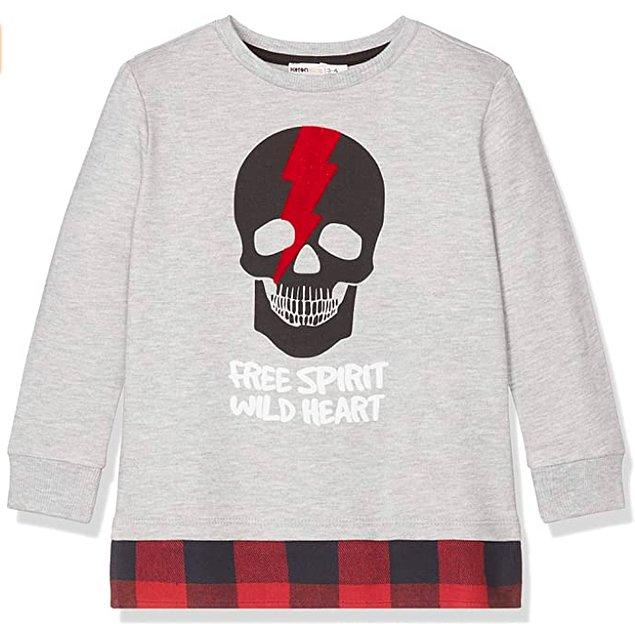 1. Koton'un bu sweatshirt'ü sonbahara hazırlık için ideal.