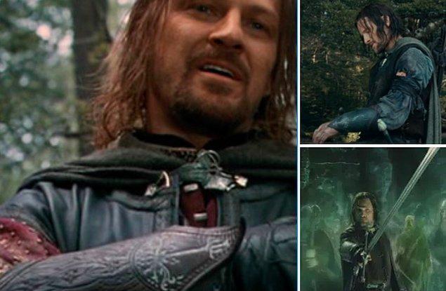 13. 'Yüzüklerin Efendisi: Yüzük Kardeşliği'nde Boromir öldükten sonra Aragorn'un onun kolçağını takması ve bu detayın diğer filmlerde unutulmaması.