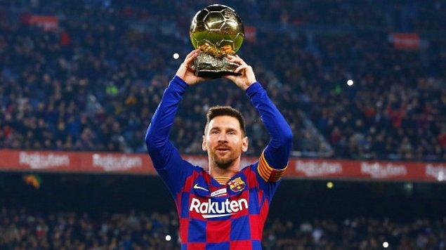 Birçok kulüp Messi için sıraya girdi tabii ama sosyal medyada her branştan Messi'ye transfer teklifleri yağıyor. Bakalım bu teklifler nelermiş: