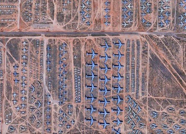 5. Arizona'da bir uçak mezarlığı.