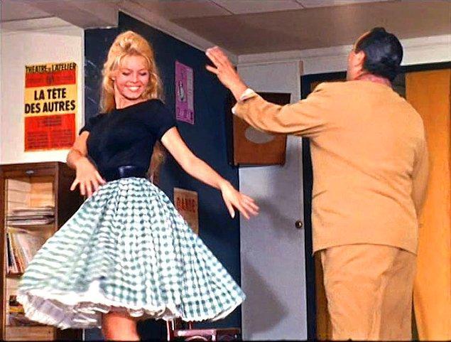 1953-1968 yılları arası tam 32 filmde yer alır. Hatta dönemin önemli yıldızı Brigitte Bardot ile bir filmi de vardı.