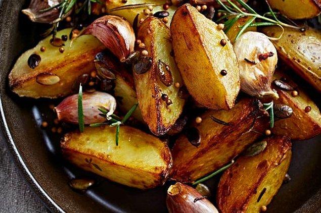 6. Biberiyeli fırında patates