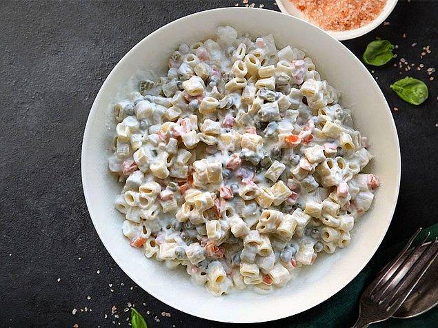 2. Makarna salatası