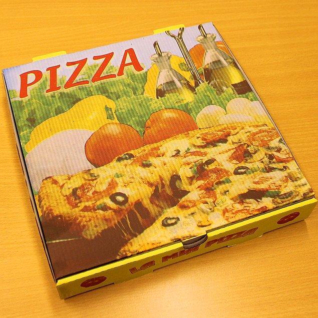 Amerikalılar arasında SWAT'lama arkadaşının evine pizza göndermek gibi yapılan basit bir eşek şakası olarak görülüyor.