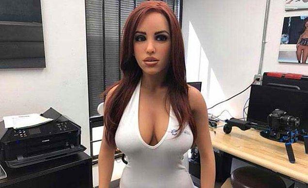16. Seks Robotu Samantha