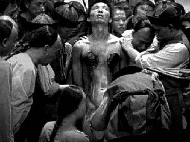 6. 1000 kesik ile ölüm olarak bilinen Lingchi yöntemi 1905 yılında Çin'de yasaklanmış.