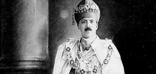 7. Osman Ali Khan - 210 Milyar $