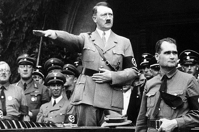 33 yaşındasınız, Naziler başa geçiyor.