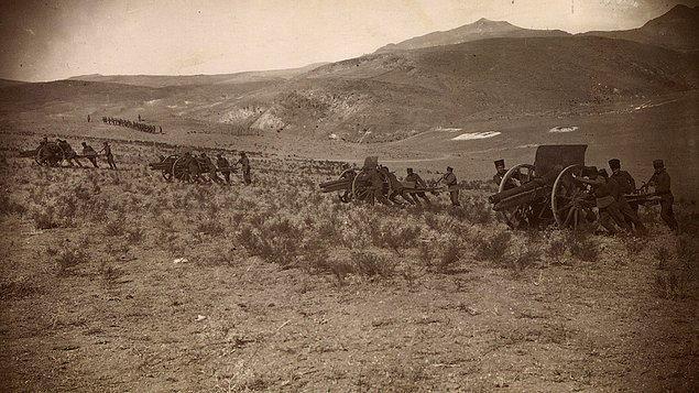Bir yıl hazırlığın ardından 26 Ağustos 1922'de Büyük Taarruz başladı