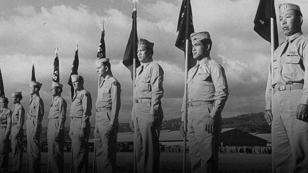 Hiroo, İkinci Dünya Savaşı sırasında Japon İmparatorluk Kara Kuvvetlerinde teğmen olarak görev yapıyordu.