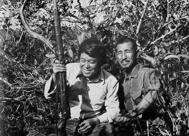 1945 yılından beri saklanmalarının ardından, 1949'da Akatsu ekipten ayrılıp Filipin güçlerine teslim oldu.