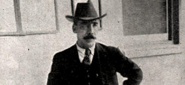 4. Baker Charles Joughin'in gemi battıktan sonra kurtulmasını sağlayan şey, içtiği viskiydi...