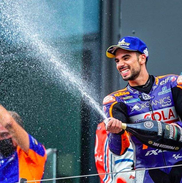 Motorsiklet tutkunlarının yakından bildiği bir isim Miguel Oliveira.