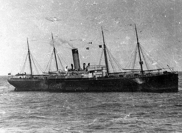 14. Titanik'in yardımına gitmeyen gemi kazadan üç yıl sonra battı...