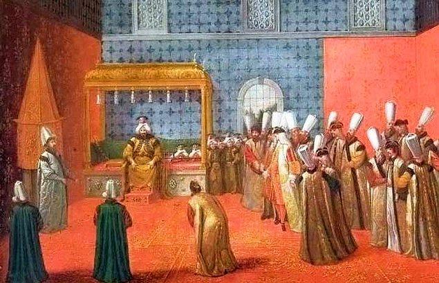 Hediyeler Osmanlı bürokrasisinde çok önemli bir yere sahipti.