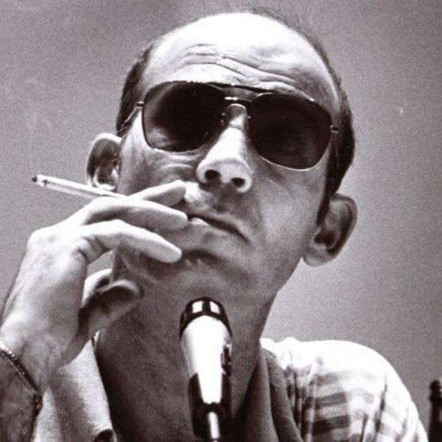 Bundan sonraki süreçte ''Amerikan Rüyası''nın yalandan ibaret olduğunu belirten yazılar yazmaya ve çılgın gibi eroinden kokaine dek pek çok madde kullanmaya başladı.