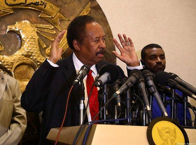 Sudanlı Başbakan Abdullah Hamduk ve Sudan Halk Kurtuluş Hareketi - Kuzey Asi Grubu Başkanı Abdelaziz al-Hilu, Etipyopya'nın başkenti Addis Ababa'da geçtiğimiz perşembe günü imzaladıkları bildiriyle yeni ilkeyi kabul ettiler.