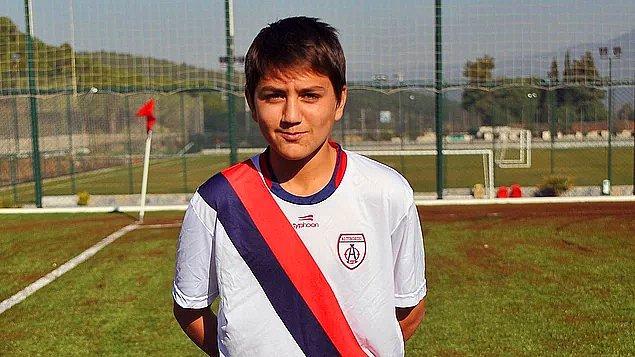 Ailesinin de büyük desteğiyle futbola devam ederken 2007 yılında Altınordu Futbol Kulübü yeni bir yapılanmaya gidiyordu ve Cengiz'i de takıma dahil ettiler.