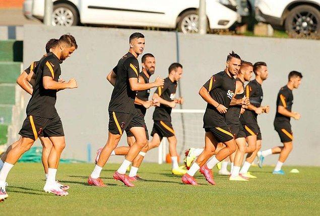 Galatasaray yeni sezona  Florya Metin Oktay Tesisleri'nde hazırlandı.