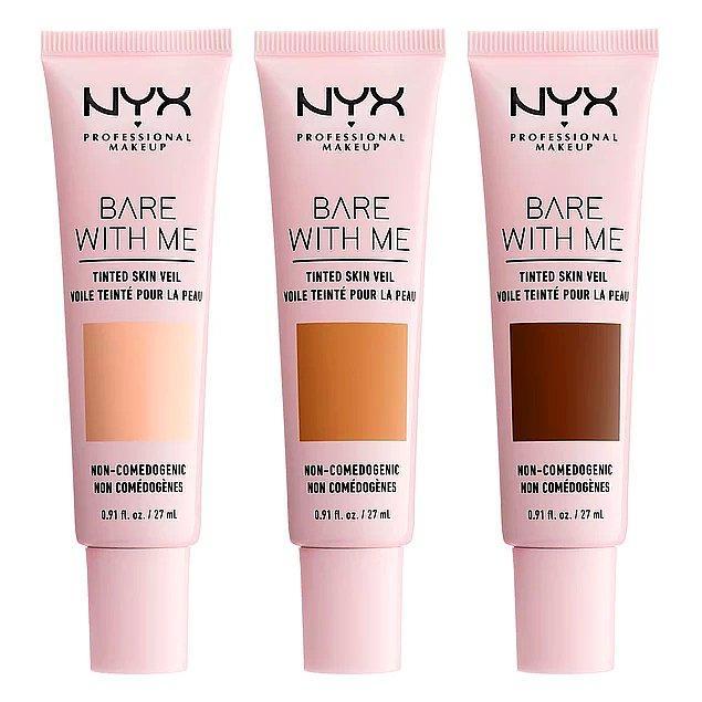 6. Renkli nemlendirici nedir diye soracak olursan, şimdi seni NYX Professional Makeup Bare With Me renkli nemlendirici ile tanıştıralım!